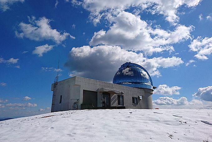 雪景色の星空公園